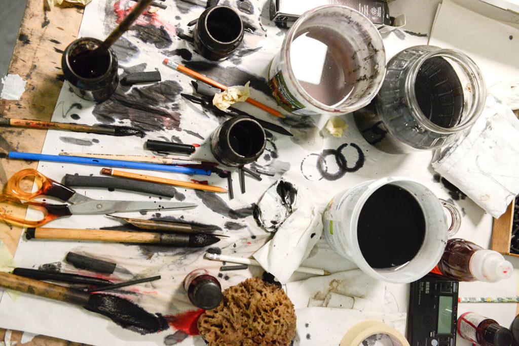 IM.PULS - Seminar - Arbeitsmaterial - Kohle Tusche Feder Pinsel - Transfer Zeichnung Musik