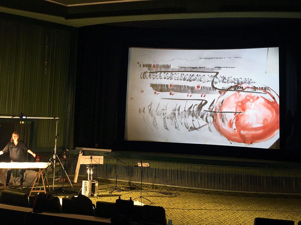 Im.Puls - Live Performance Dokfest - Eröffnung Kasseler Dokumentar- und Video-Filmfest - Transfer Zeichnung Musik
